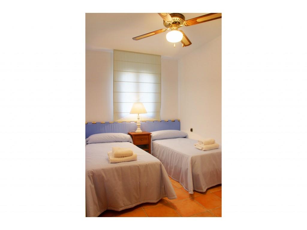 135 Harbour Lights Bedroom 2b RGB